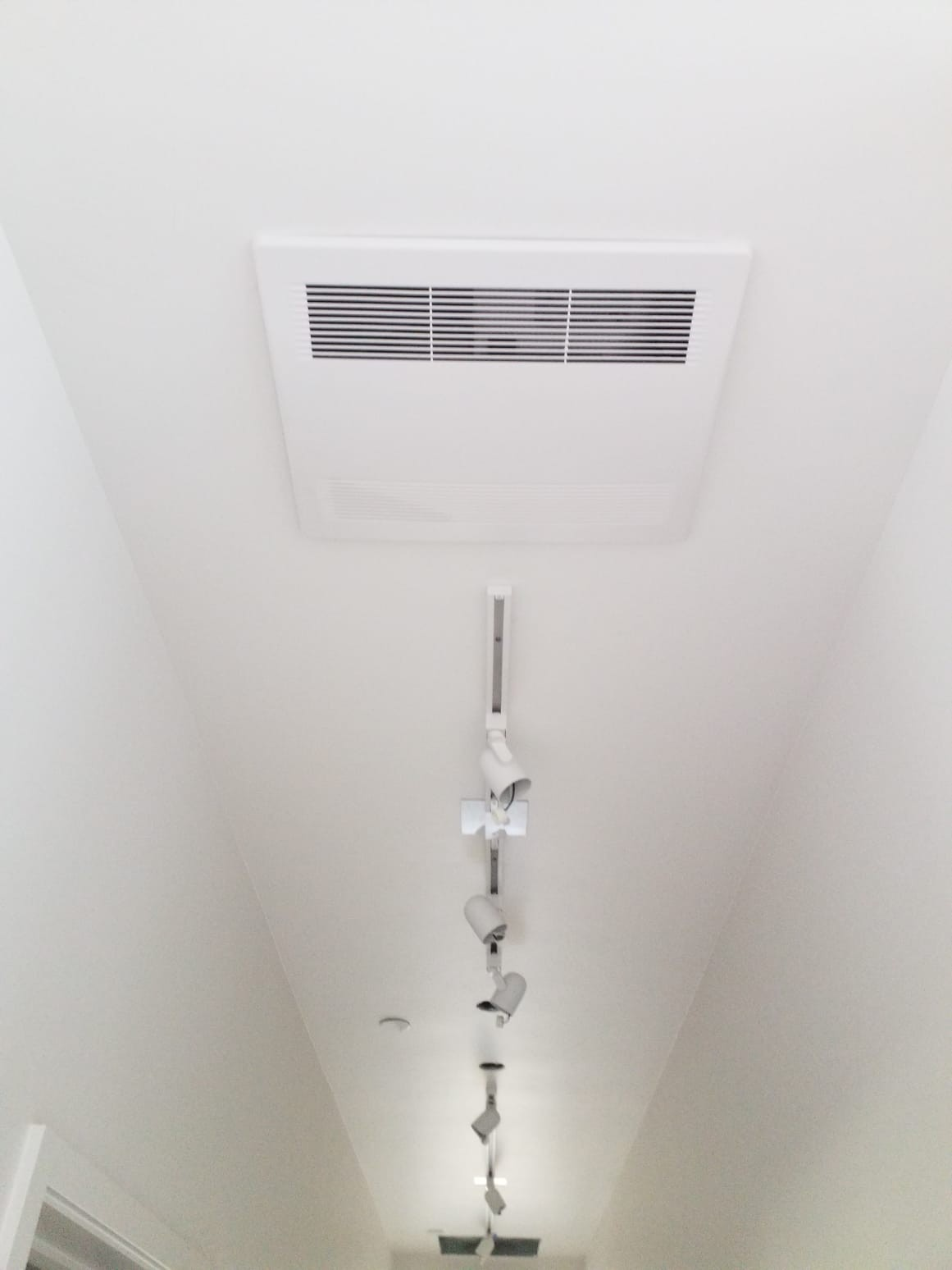 Ductless Ceiling Cassette Mount